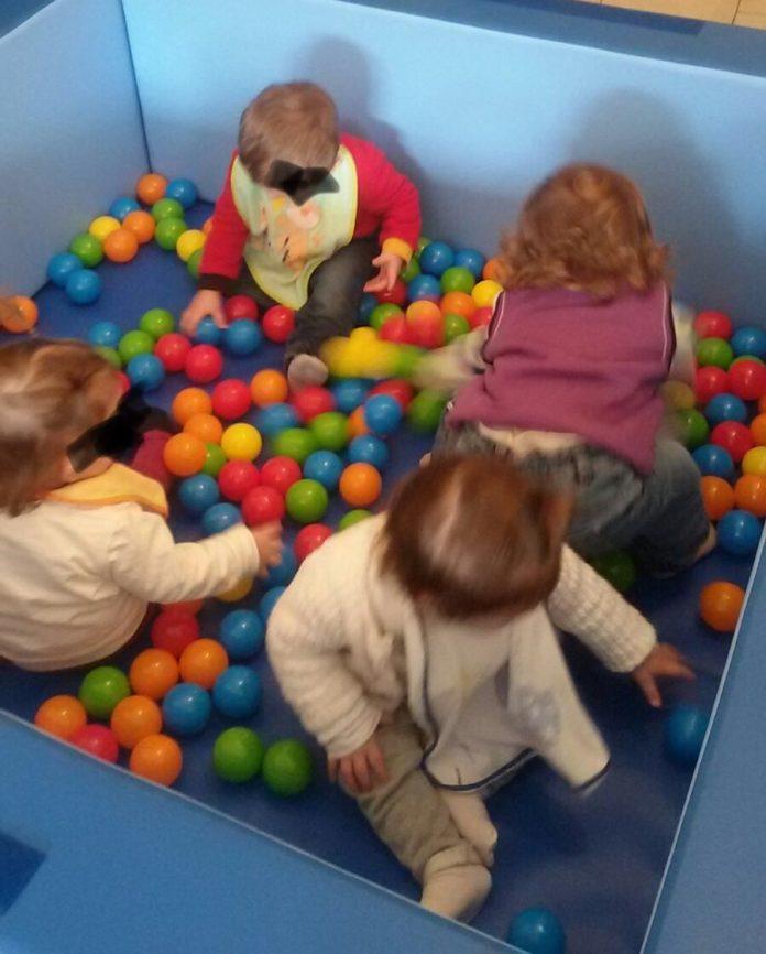 Barcellona nuovi giochi per gli asili nido comunali for Dal pozzo arredamenti