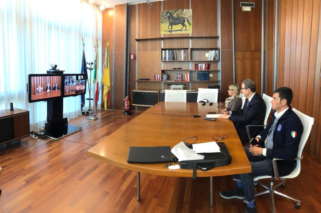 Coronavirus: nuova ordinanza Sicilia, solo una uscita al giorno
